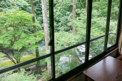 和室16畳 窓からの景色